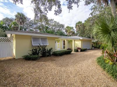 Vero Beach Single Family Home For Sale: 556 Gardenia Lane