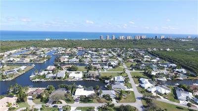 Hutchinson Island Single Family Home For Sale: 126 Queen Christina Court