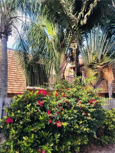 Vero Beach Condo/Townhouse For Sale: 590 Tropic Lane #2-C