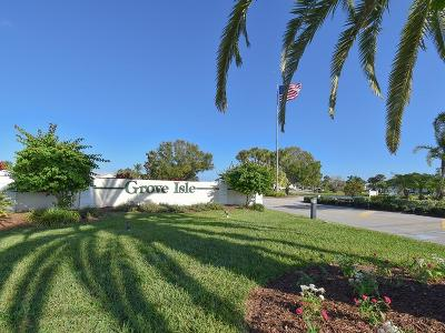Vero Beach, Indian River Shores, Melbourne Beach, Melbourne, Sebastian, Palm Bay, Orchid Island, Micco, Indialantic, Satellite Beach Condo/Townhouse For Sale: 341 Grove Isle Circle #341
