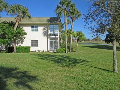 Vero Beach FL Condo/Townhouse For Sale: $129,900