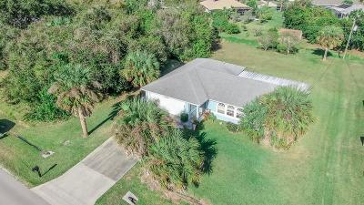 Sebastian FL Single Family Home For Sale: $185,000