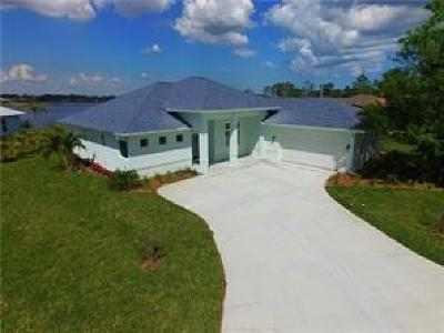 Sebastian Single Family Home For Sale: 813 Yearling Trail