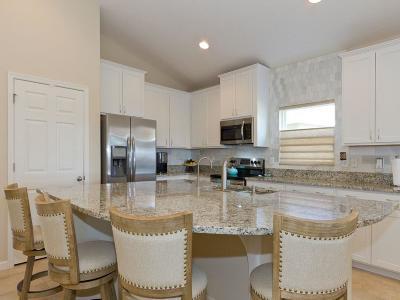 Vero Beach Single Family Home For Sale: 1836 SW Berkshire Circle