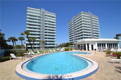Vero Beach Condo/Townhouse For Sale: 3554 Ocean Drive #302S