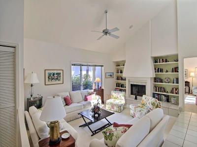 Vero Beach Condo/Townhouse For Sale: 2101 Via Fuentes #2101