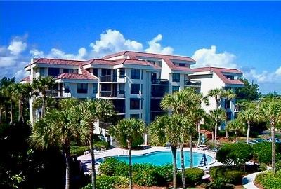 Hutchinson Island Condo/Townhouse For Sale: 4100 Hwy Highway A1a 343rd #343