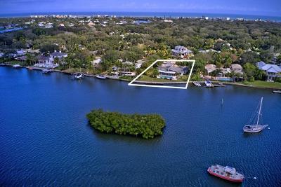 Vero Beach Single Family Home For Sale: 3917 E Indian River Drive