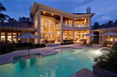 Vero Beach Single Family Home For Sale: 701 Grove Place