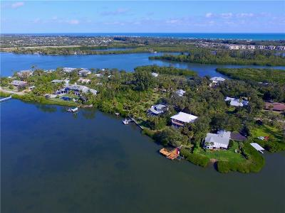 Vero Beach Single Family Home For Sale: 335 Cathedral Oaks Drive