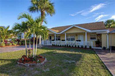 Vero Beach Multi Family Home For Sale: 920 Tropic Drive