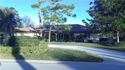 Vero Beach Single Family Home For Sale: 5780 Clubhouse Drive