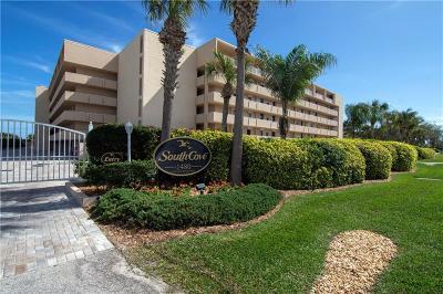Vero Beach FL Condo/Townhouse For Sale: $459,900
