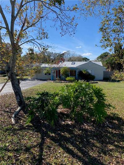 Vero Beach Single Family Home For Sale: 2551 Buena Vista Boulevard
