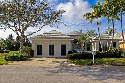 Vero Beach Single Family Home For Sale: 735 Saint Anne's Lane