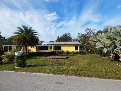 Vero Beach Single Family Home For Sale: 470 SW 7th Lane