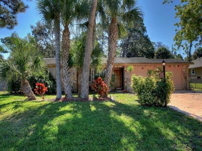 Sebastian Single Family Home For Sale: 592 Rolling Hill Drive