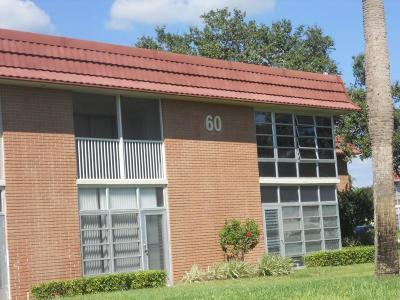 Vero Beach Condo/Townhouse For Sale: 60 Woodland Drive #203