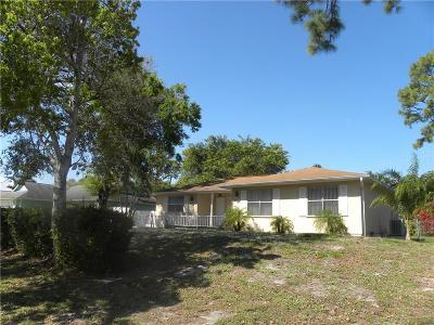 Vero Beach FL Single Family Home For Sale: $162,500