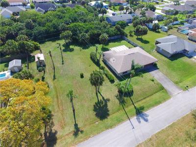 Sebastian Single Family Home For Sale: 138 Chaloupe Terrace