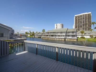 Fort Pierce Condo/Townhouse For Sale: 4949 Hwy Highway A1a 192nd #192