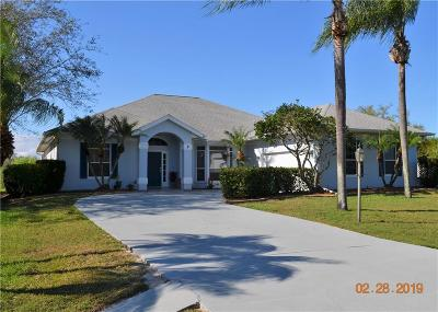 Sebastian Single Family Home For Sale: 2 River Oak Drive