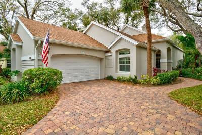 Vero Beach Single Family Home For Sale: 8761 Lakeside Boulevard