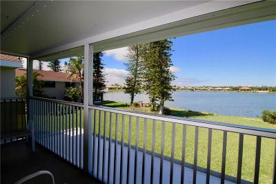 Hutchinson Island Condo/Townhouse For Sale: 3210 Lakeview Circle #3202