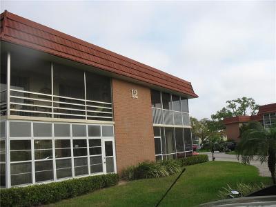 Vero Beach Condo/Townhouse For Sale: 12 Vista Palm Lane #202
