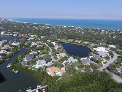 Vero Beach, Indian River Shores, Melbourne Beach, Melbourne, Sebastian, Palm Bay, Orchid Island, Micco, Indialantic, Satellite Beach Single Family Home For Sale: 215 Riverway Drive