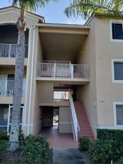 Vero Beach Condo/Townhouse For Sale: 1550 42nd Circle #309