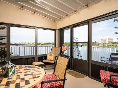 Hutchinson Island Condo/Townhouse For Sale: 3216 Lakeview Circle #5206