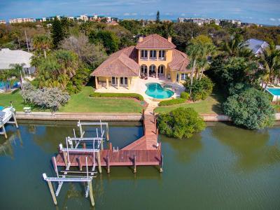Vero Beach, Indian River Shores, Melbourne Beach, Sebastian, Palm Bay, Orchid Island, Micco, Indialantic, Satellite Beach Single Family Home For Sale: 4701 Sunset Drive