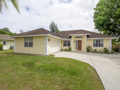 Sebastian Single Family Home For Sale: 672 Breakwater Terrace