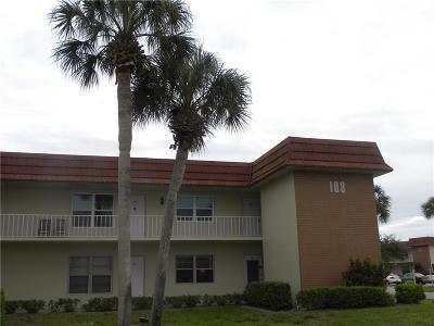 Vero Beach Condo/Townhouse For Sale: 108 Spring Lake Court #201