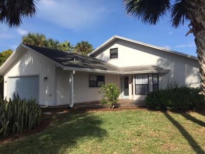 Sebastian Single Family Home For Sale: 152 Nebraska Circle