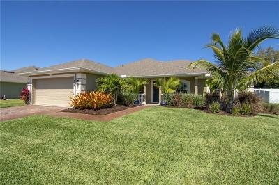 Vero Beach Single Family Home For Sale: 1289 Scarlet Oak Circle