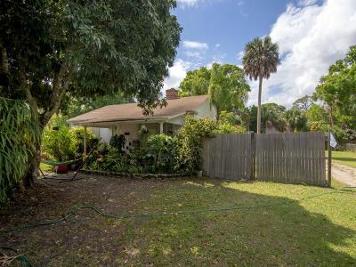 Vero Beach Single Family Home For Sale: 1745 34th Avenue