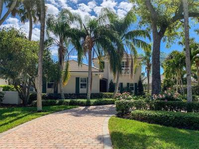 Vero Beach, Indian River Shores, Melbourne Beach, Melbourne, Sebastian, Palm Bay, Orchid Island, Micco, Indialantic, Satellite Beach Single Family Home For Sale: 130 Lakeview Way
