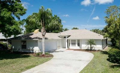 Vero Beach, Indian River Shores, Melbourne Beach, Melbourne, Sebastian, Palm Bay, Orchid Island, Micco, Indialantic, Satellite Beach Single Family Home For Sale: 485 Lanfair Avenue