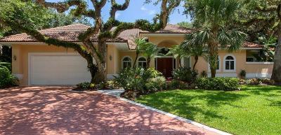 Vero Beach Single Family Home For Sale: 330 Marbrisa Drive