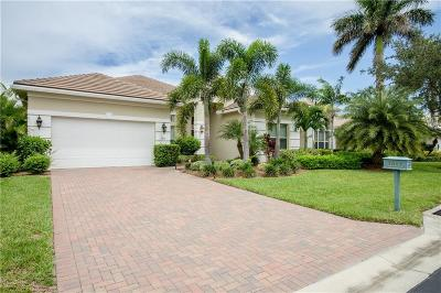 Vero Beach Single Family Home For Sale: 1017 Riverwind Cir