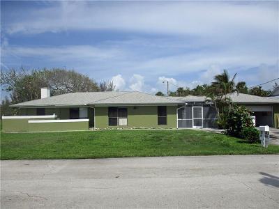 Hutchinson Island Single Family Home For Sale: 928 Jackson Way