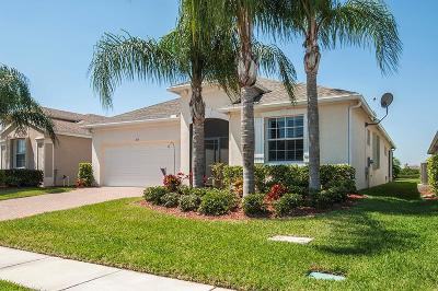 Vero Beach Single Family Home For Sale: 715 SW Honeybell Court