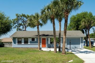 Sebastian Single Family Home For Sale: 814 Barker Street