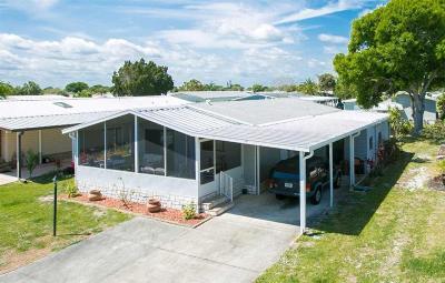 Sebastian Single Family Home For Sale: 711 Gladiolus Drive