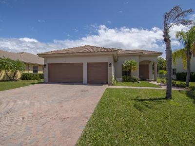 Vero Beach Single Family Home For Sale: 1020 SW Amethyst Drive