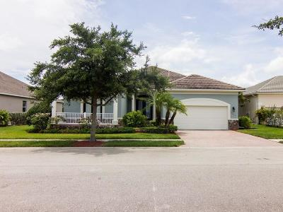 Vero Beach Single Family Home For Sale: 7619 Village
