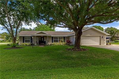 Vero Beach Single Family Home For Sale: 696 11th Court