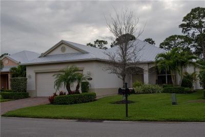 Vero Beach Single Family Home For Sale: 225 11th Square SW